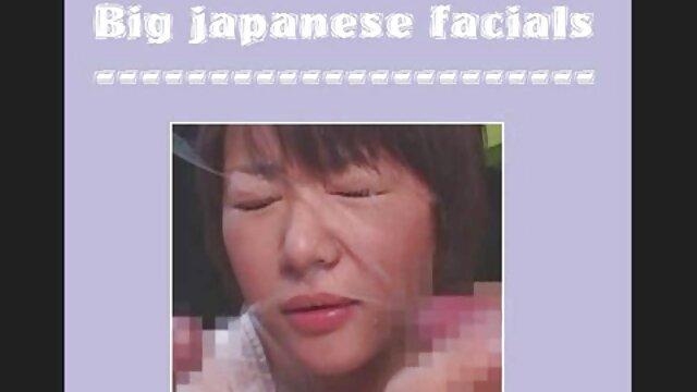 Japanese milf thủ dâm trên đi sex xxxhay văng